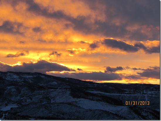 Sunset-No-Weather-Station-Avon-Colorado-31JAN2013
