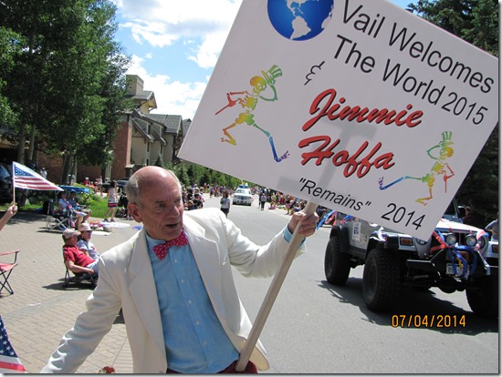 Packy-Walkers-Message-Vail-4th-of-July-Parade-2014-1