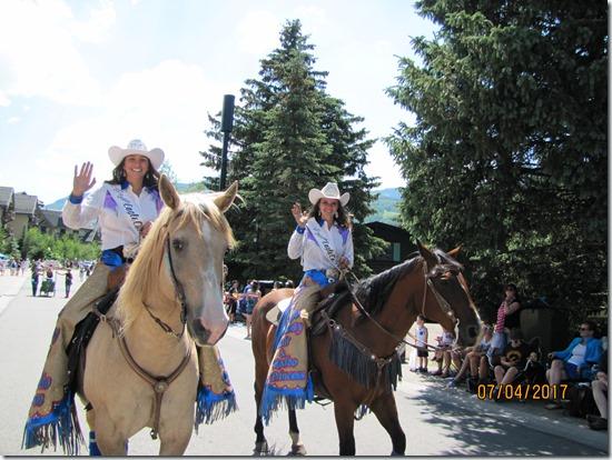 Horse-Hotties-4th-Of-July-Parade-Vail-2017
