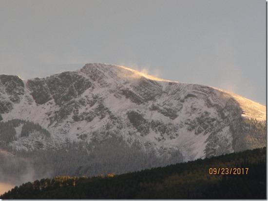 Ridge-Line-Wind-And-Snow-23SEPT2017