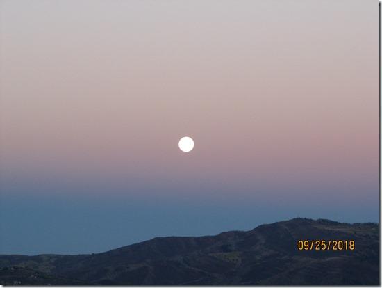Moon-Setting-Over-Cordillera-25SEPT2018